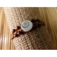 Bracelet marron clair oeil de Ste Lucie