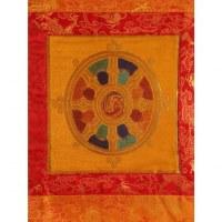 Tanka brodé dharma fond jaune or