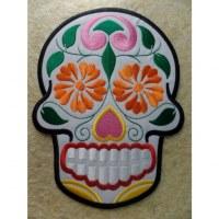 Ecusson grande tête de mort blanc/couleurs