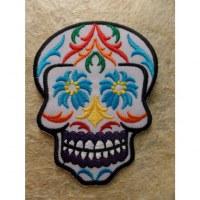 Ecusson tête de mort multicolore
