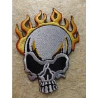 Ecusson crâne en flammes