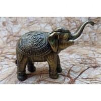 Eléphant doré