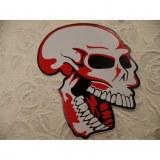 Grand autocollant rouge tête de mort rieuse